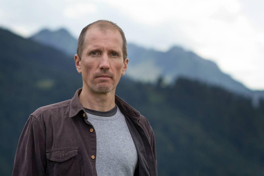Dienstag, 23.05.2017Hans Platzgumer: Am RandGespräch: Dr. Martin Sexl20 Uhr Stadtbücherei Schwaz